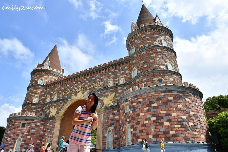 Vinpearl Land Castle
