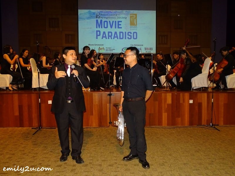 Conductor Norman Ong (L) with emcee Tan Tihn Chern