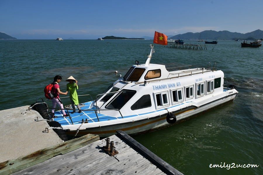 L'Alya Ninh Van Bay private speedboat