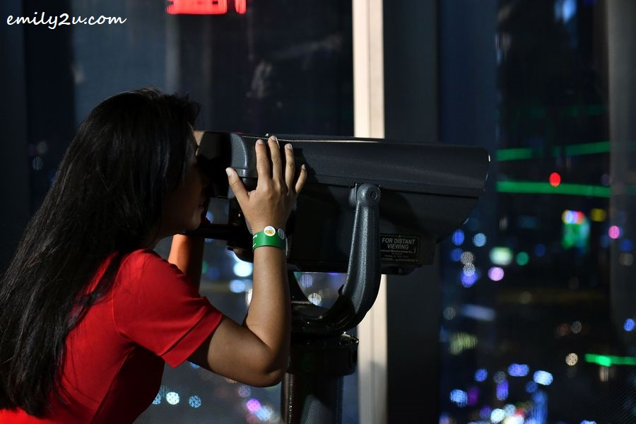 Saigon Skydeck Observatory is equipped with 360-degree binoculars