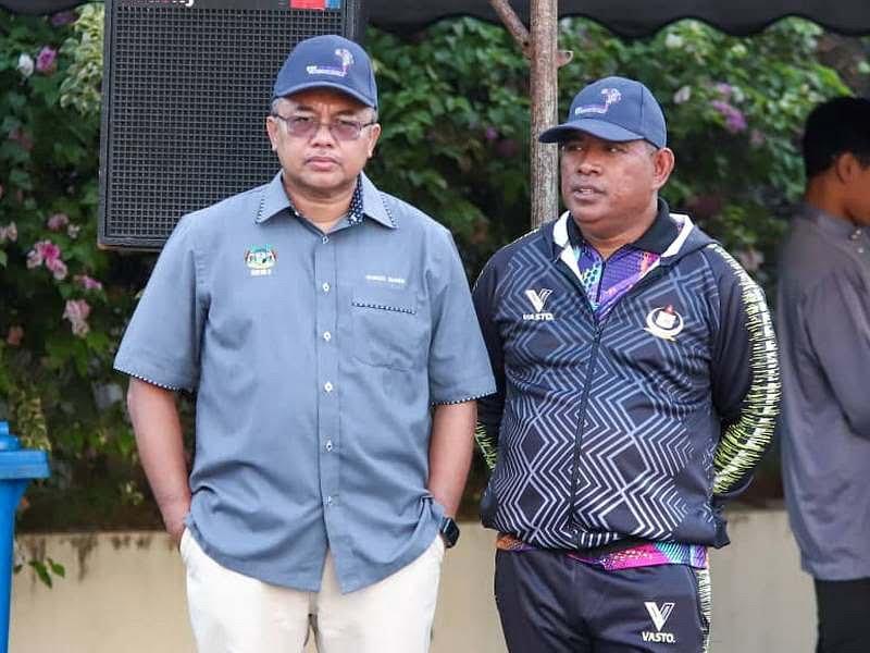 Ipoh City Mayor Dato' Ahmad Suaidi bin Abdul Rahim (L) & Ipoh City Council Secretary Encik Mohd Zakuan bin Haji Zakaria