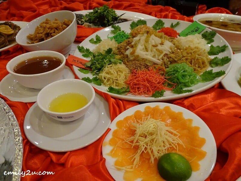 Menu C: Prosperity Salmon Yee Sang
