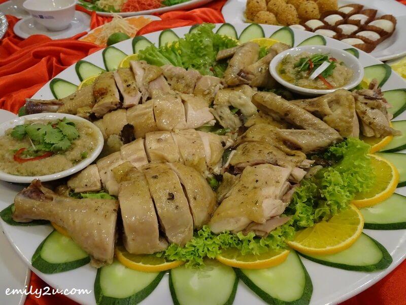 Menu C: Stewed Woo Soo Chicken Homemade Style