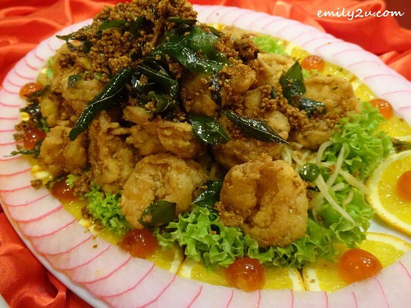 Menu C: Pan-fried Big Ming Prawns with Butter