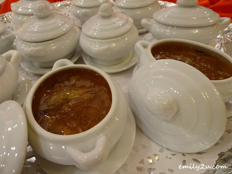 Menu B: Braised Sharks Fin Soup with Superior Stock Seafood & Crab Meat (individually served)