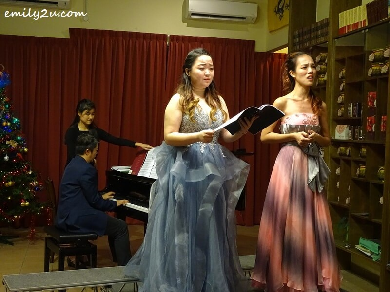 duet of I Dreamed a Dream from Les Miserables