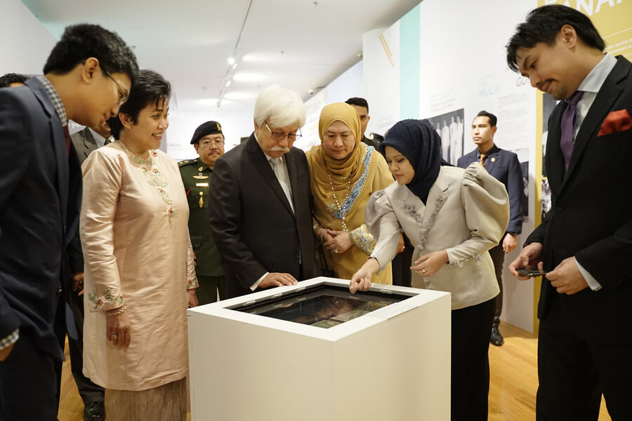 Visitors to the exhibitions have the privilege to view more than 100 exhibits from 8 decades ago up to the recent years, including previously unseen artefacts, nostalgic films and photos.