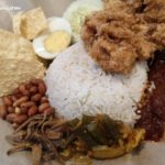 close up Nasi Lemak Fried Chicken Chop