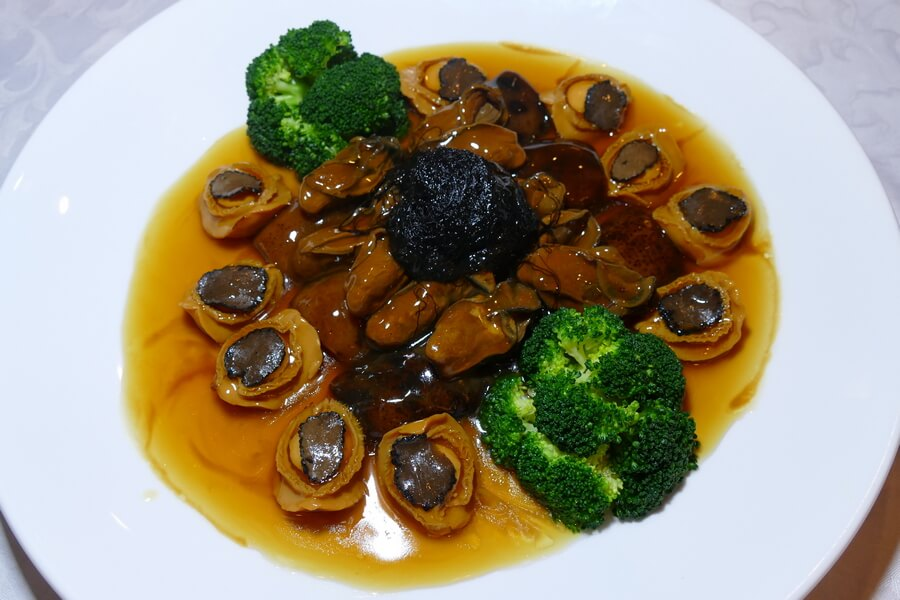 Genting Palace - Braised abalone and sea cucumber with black truffle in yellow broth