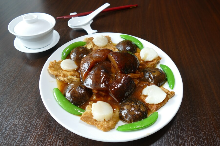 Ming Ren - Braised assorted seafood with oyster sauce