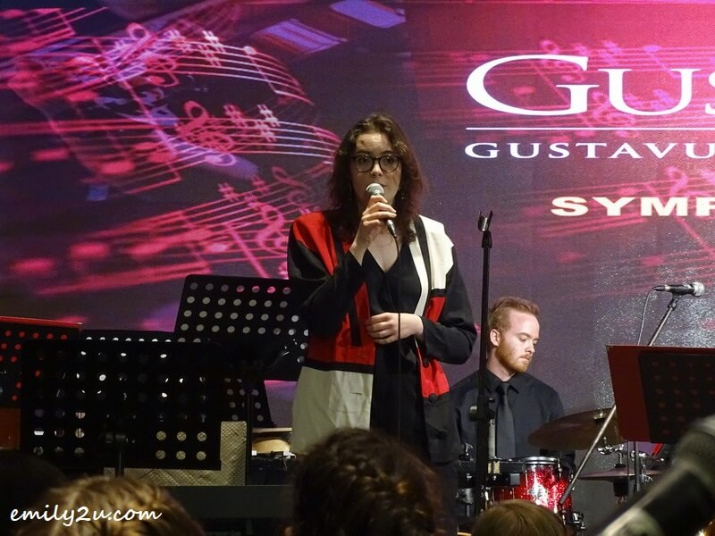 vocalist Anya Menk