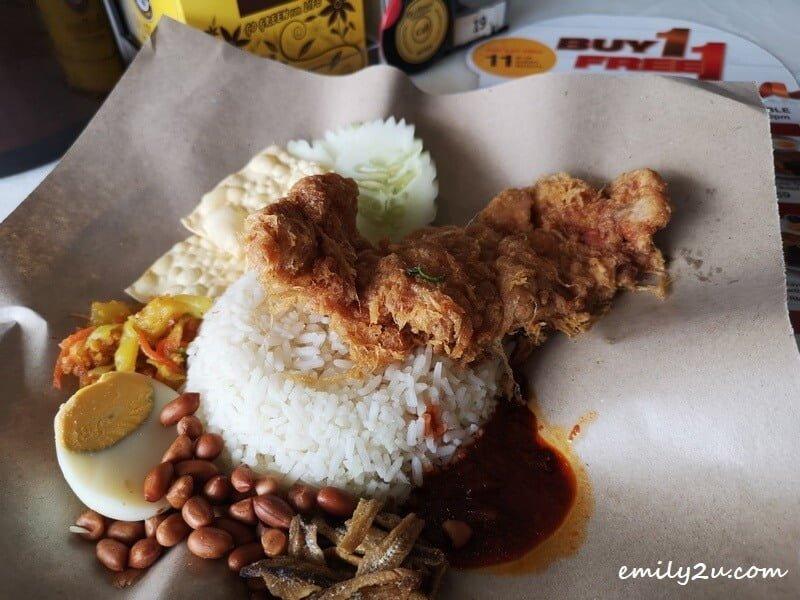 Oldtown Nasi Lemak Fried Chicken