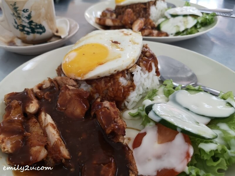 Grilled Chicken with Garlic Sauce