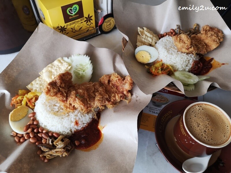 Buy 1 Free 1 Oldtown Nasi Lemak Fried Chicken with signature Oldtown white coffee