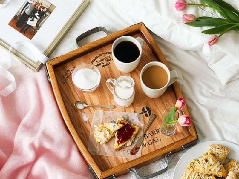 breakfast in bed (credit: Threads by Garnet Hill)