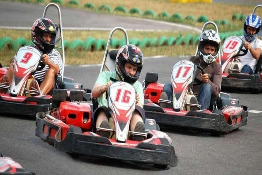 Go karting (credit: vmo. rocks)