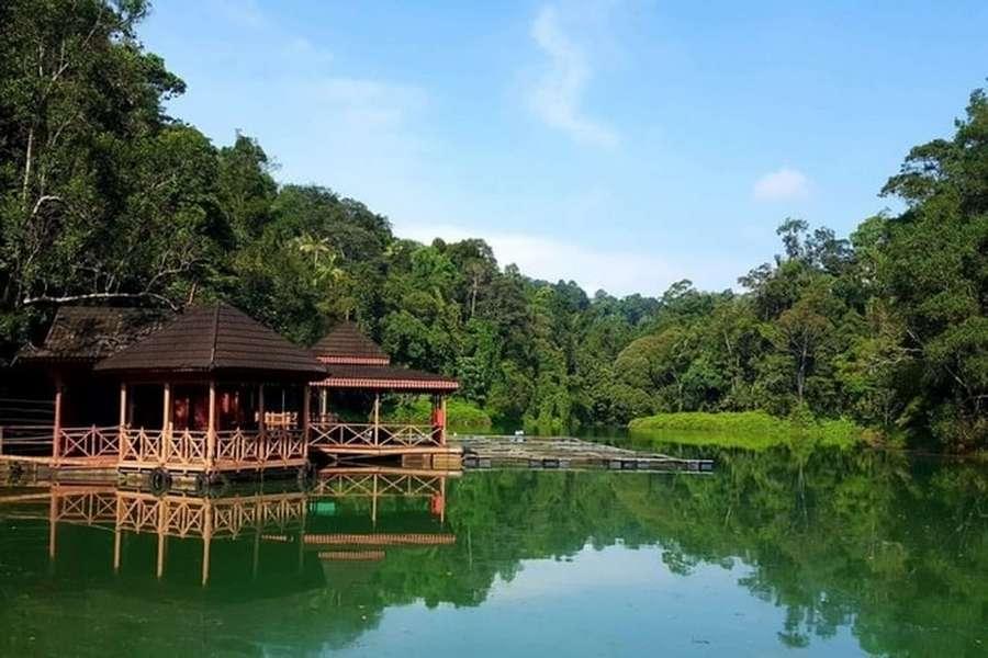 Taman Botani (credit: Kyension)
