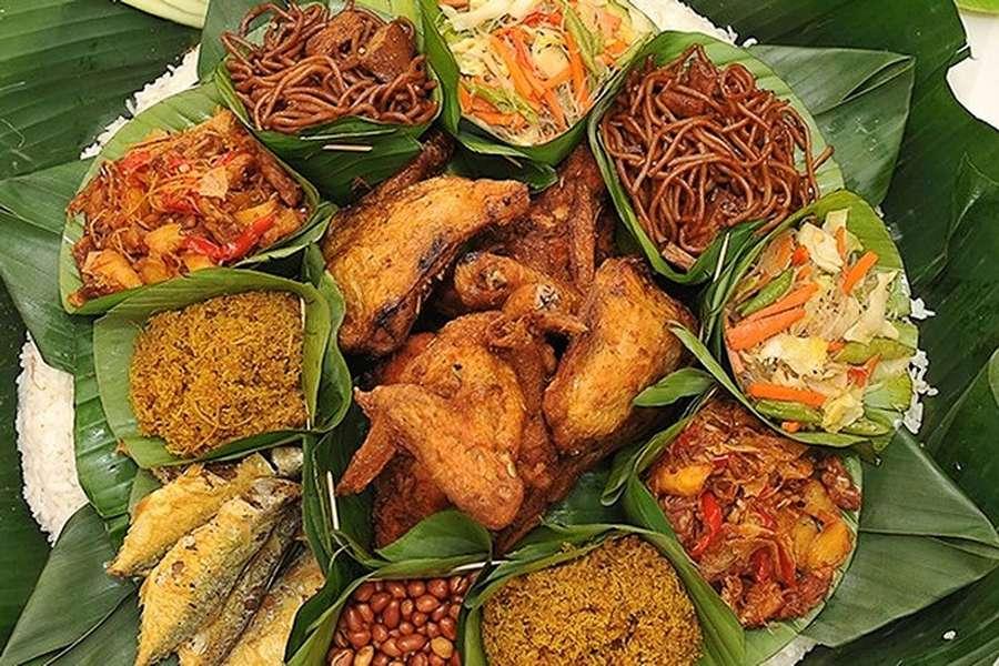 Nasi Ambeng (credit: Nona Manis Kitchen Cyberjaya)