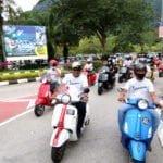 3 Vespa convoy to Ipoh town
