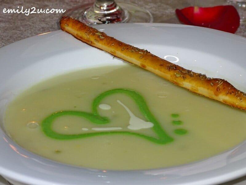 Hot & Sexy Cream of Asparagus Soup