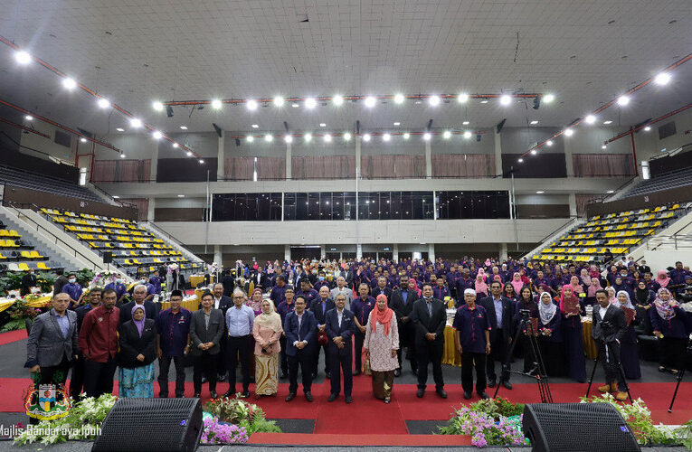 Service Excellence Award For Dedicated Ipoh City Council Staff