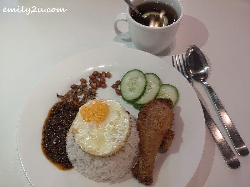 Nasi Lemak with Fried Chicken