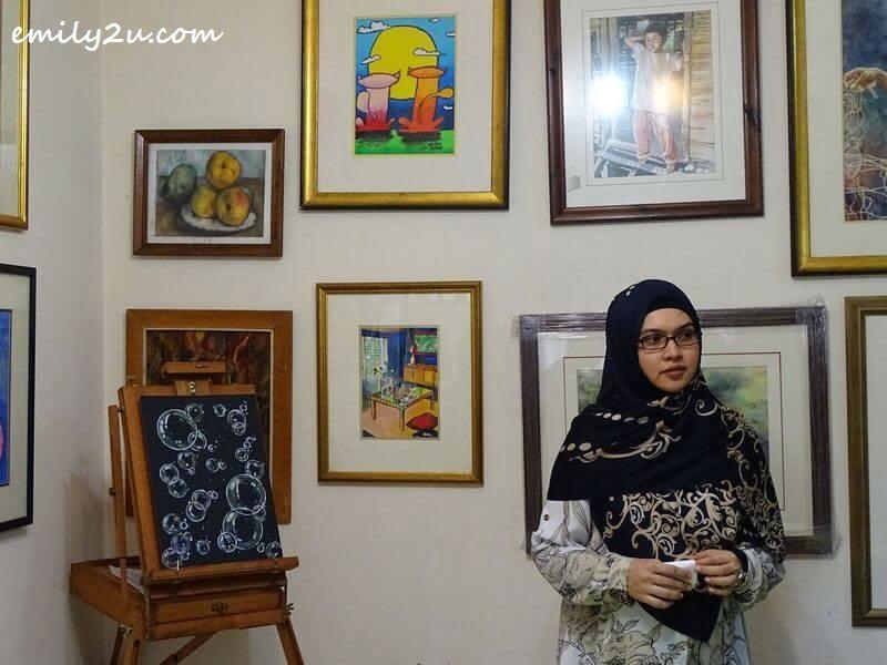 eldest sister Nurhayati Md. Yusoff