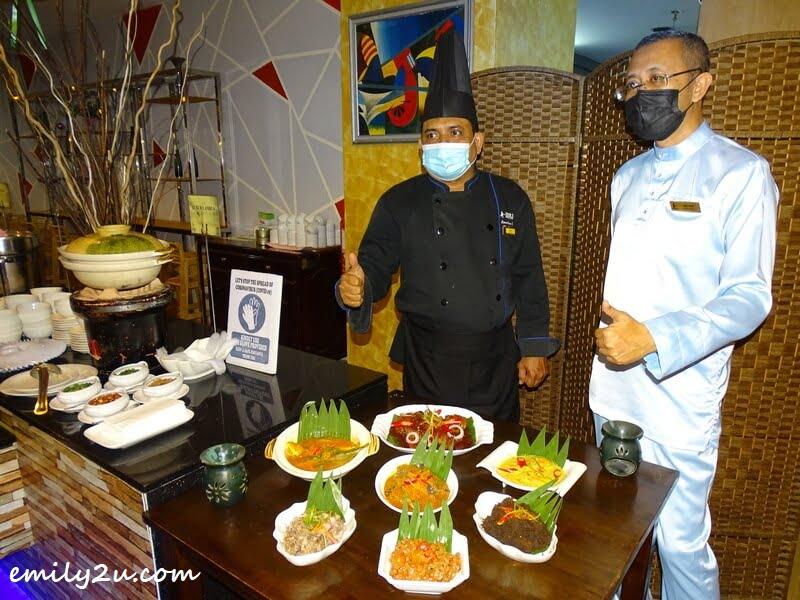 Chef Ayob (Mohd Kamarulzaman) and Encik Malizan Zakaria (General Manager-cum-Hotel Consultant)