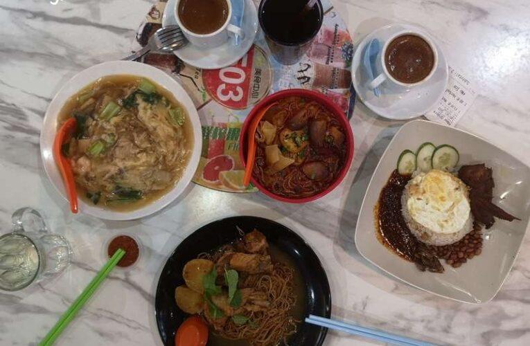 Exploring 66 Food Court Gunung Rapat