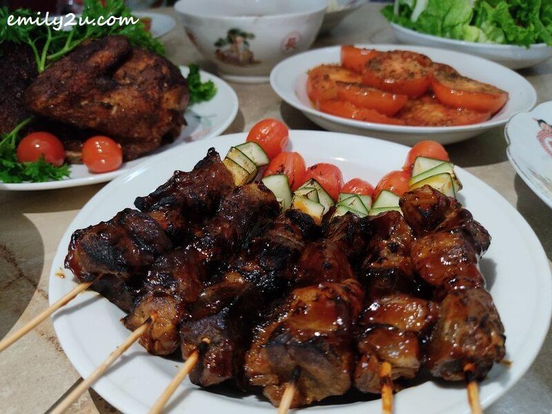 Barbecued Lamb Skewer with Vegetables