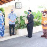 The Office of DYAM Raja DiHilir Perak & Bond Holdings Contribute A&W Lunch Sets