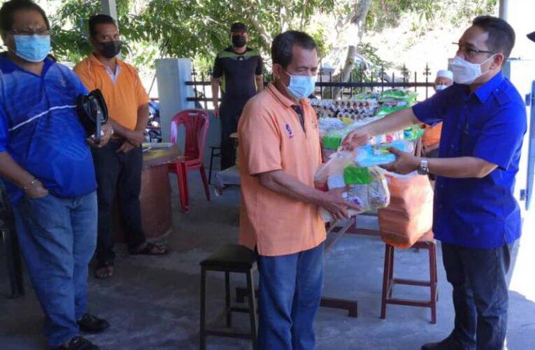 Ipoh City Councillor Clr Dato' Mazlan Visits Hulu Kinta Under MBI Prihatin Programme