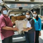 Buntong Harmoni residents receiving Care Packs
