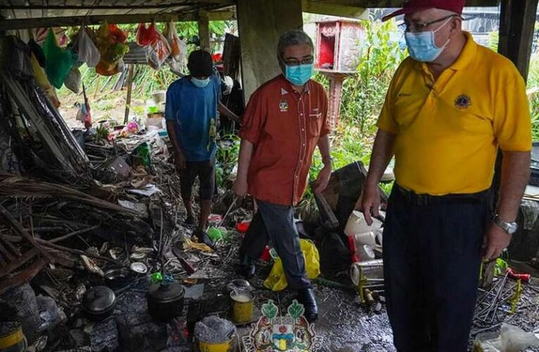 MBI Prihatin Reaches Out to The Poor